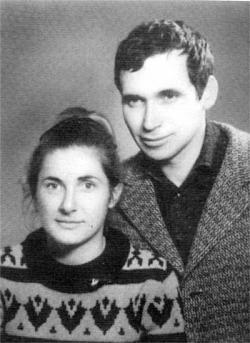 Мария и Желю Желеви влязоха във властта като безсребърници и излязоха с 1 апартамент в