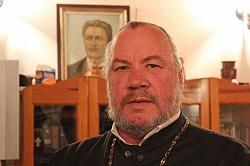 Отец Боян Саръев: Не ислямът заплашва християнството
