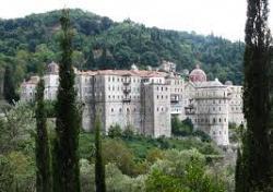 Политбюро вдига две сгради в центъра на Солун - наемите за Зографския манастир