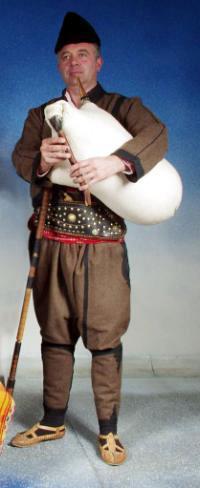 Световният лидер на гайдарите живее в Родопите