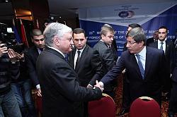Пробив: Ахмет Давитоглу нарече отношението към арменците