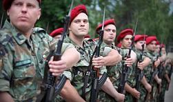 Само 25% от българите ще воюват за родината