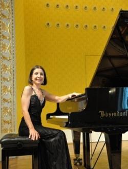 Една българка, бисирана на световните музикални сцени